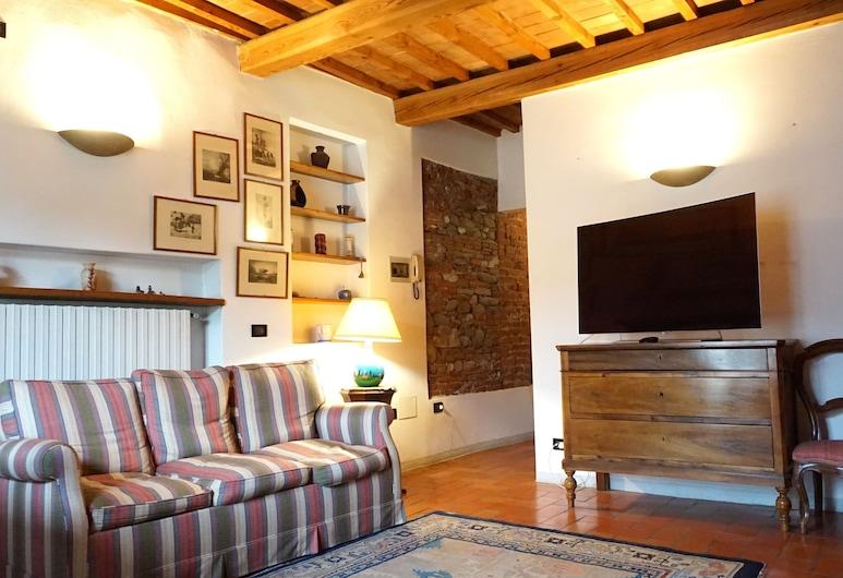 Suite nell'anfiteatro Romano, Lucca, Appartamento Deluxe, 1 camera da letto, angolo cottura, vista città, Area soggiorno