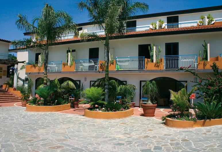 Residence Esmeraldo, Ricadi