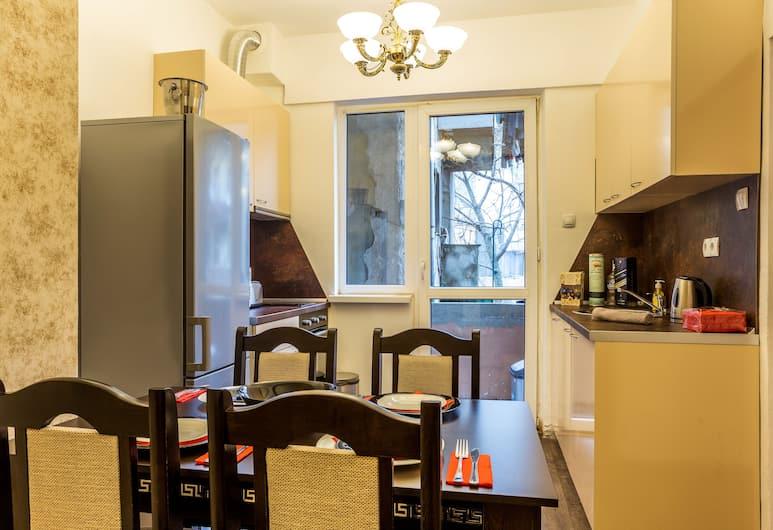 Deluxe Suite Sofia, Sofia, Lyxlägenhet - 2 sovrum, Matservice på rummet