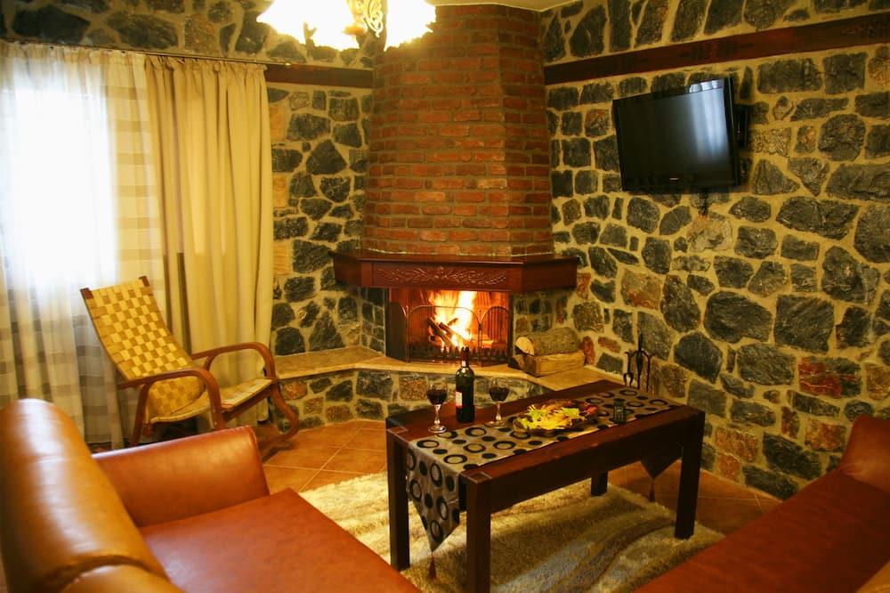 Departamento familiar, 1 habitación, chimenea, vista a la montaña - Sala de estar