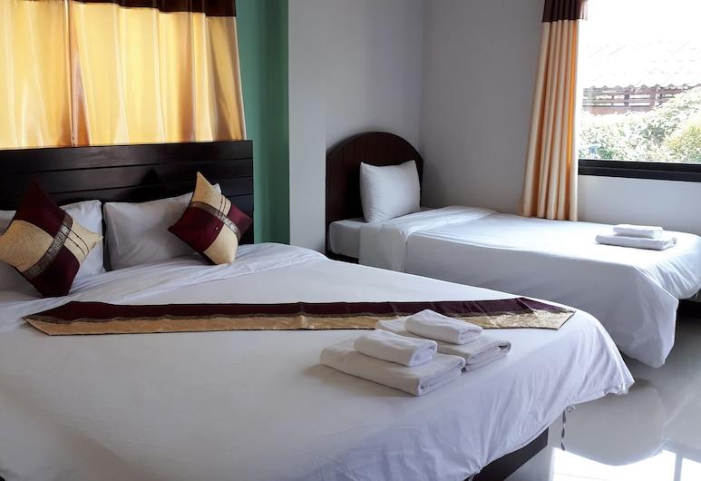 Nan Green View Hotel, Nan, Family Room, Guest Room