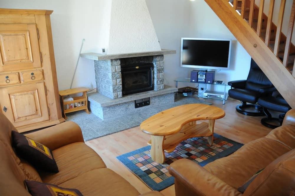 Rodinná chata, 3 spálne - Obývačka