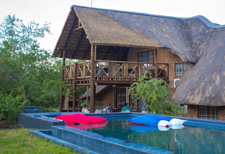 Imbube Safari Lodge, Marloth Park, Εξωτερική πισίνα