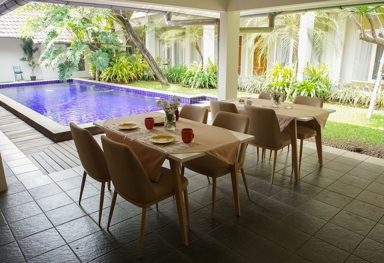 Topaz Guest House, Jakarta, Restaurant