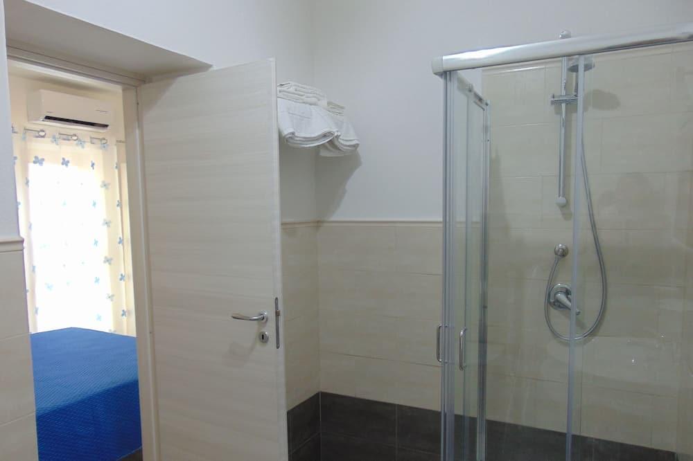 Traditional Room, 1 Bedroom - Bathroom
