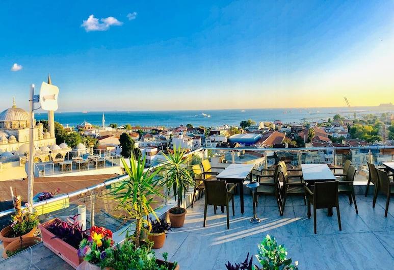 Theodian Hotel, Istanbul, Terrace/Patio