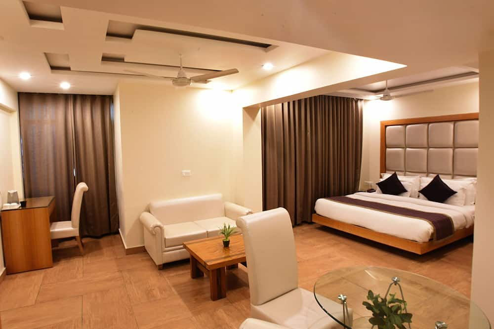 Executive Double Room, 1 Queen Bed - Guest Room