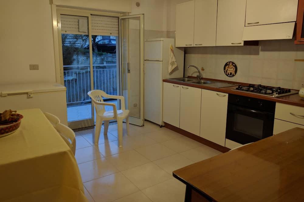 Apartman, 2 hálószoba - Étkezés a szobában