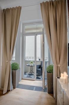 波茲南白公寓酒店的圖片