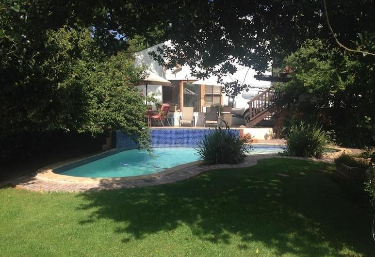 幸運豆旅館, 約翰尼斯堡, 室外泳池