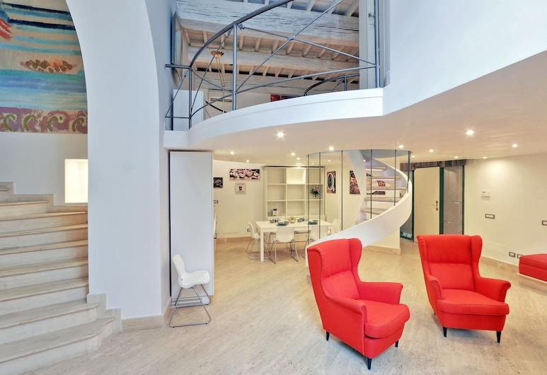 Restart Accommodations Venezia, Rome, Comfort Apartment, 3 Bedrooms, Ground Floor, Living Area