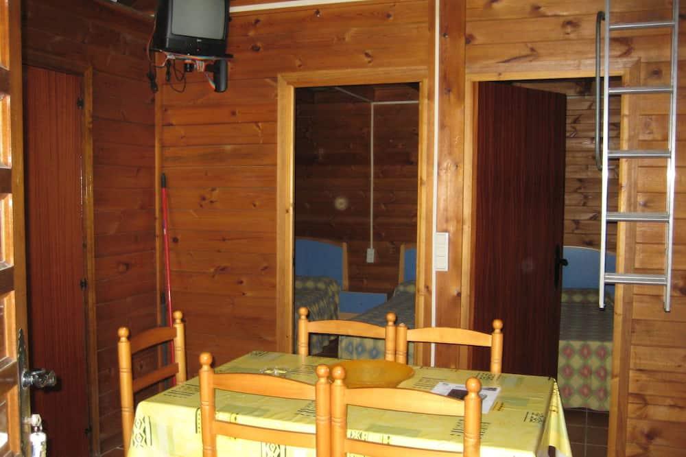 Bungalow, 2 habitaciones, vista al resort - Servicio de comidas en la habitación