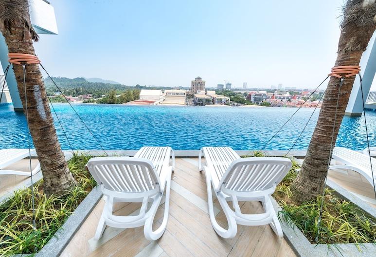 "BM City Room and Apartment, Bukit Mertajam, ""Begalinis"" baseinas"