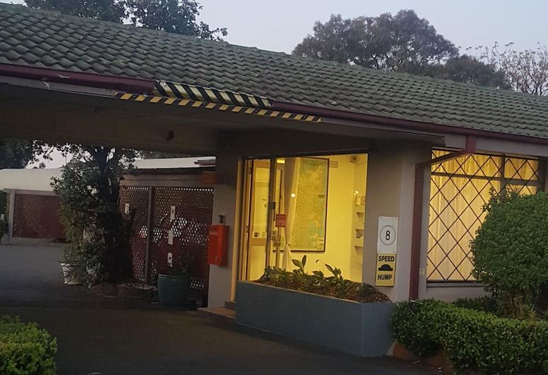 Banksia Motel, Bass Hill, Ρεσεψιόν