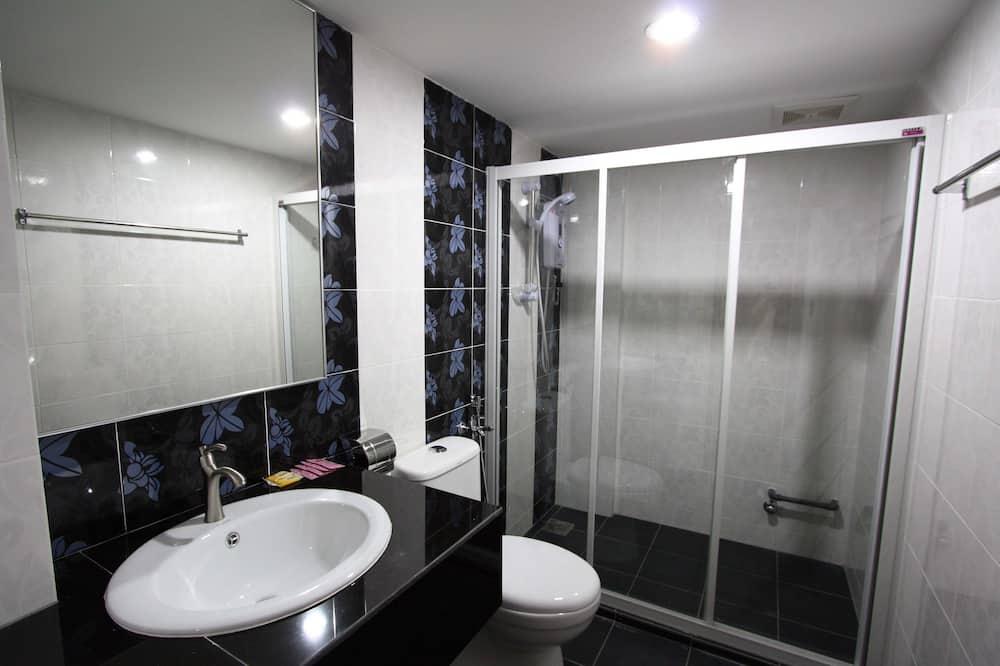 Deluxe-Vierbettzimmer, 2Queen-Betten - Badezimmer