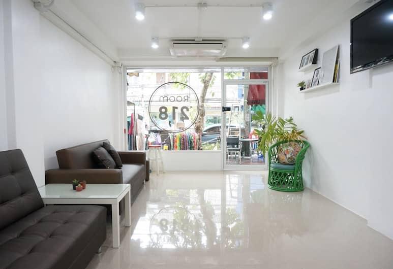 ROOM 218 - Dorm for rent - Adults Only, Bangkok, Zitruimte lobby