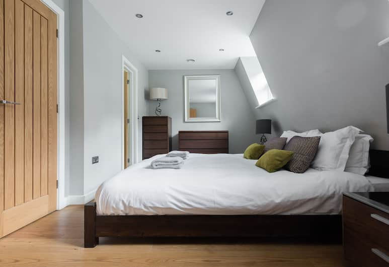 The Escalier Mews - Stunning 3BDR Mews Home Flooded with Natural Light, London