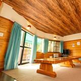 Cottage C - Living Area
