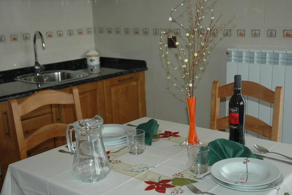 高級雙人房, 陽台 - 客房餐飲服務