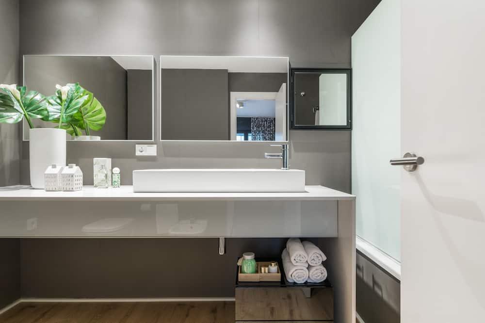 Apartment, eigenes Bad (2 Bedroom Apartment) - Badezimmer