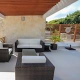 Rodinný domek, 2 ložnice, vířivka, v zahradě - Obývací pokoj