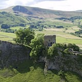 Dağ Manzaralı
