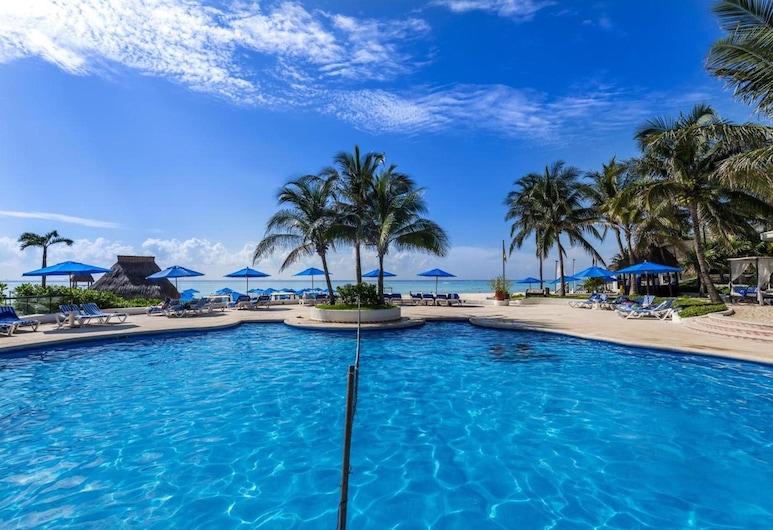 加勒比高爾夫甜蜜生活民宿, 卡曼海灘, 室外游泳池