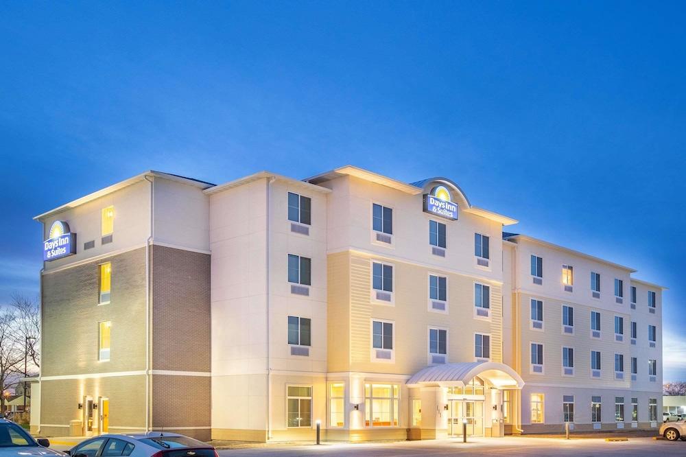 Days Inn & Suites by Wyndham Kearney, Kearney