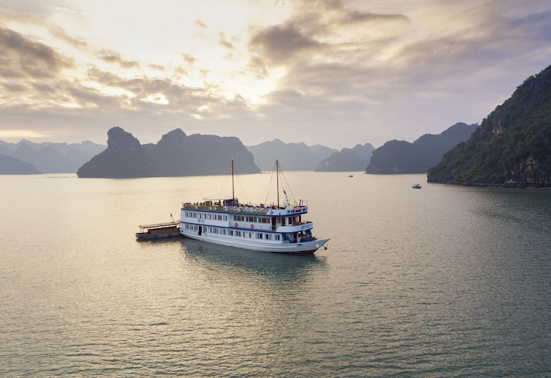 La Paci Cruises, Hai Phong, บริเวณโรงแรม