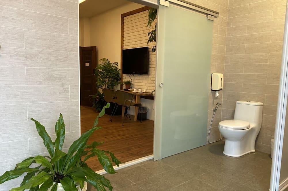 尊榮四人房, 1 間臥室, 夏威夷式陽台, 花園 - 浴室