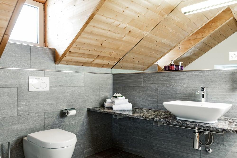 Alpine Studio - Bathroom