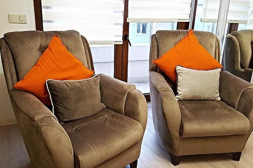 Deluxe Apart Daire, 1 Yatak Odası, Balkon (Apartment 15) - Oturma Alanı