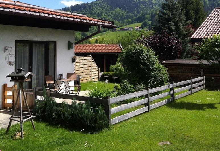 Bungalow Pension Bergblick, Ruhpolding, Family Bungalow, 3 Bedrooms, Terrace/Patio