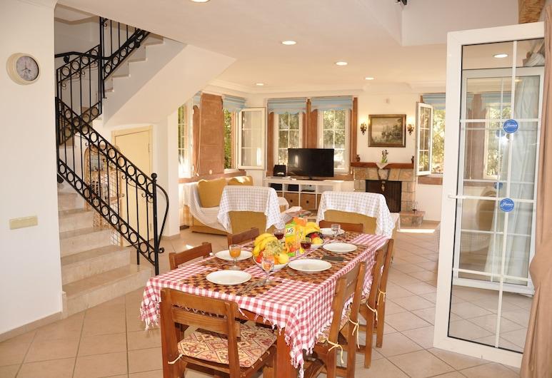 Pegasus Hotel & Villa, Fethiye, Villa, 3 slaapkamers, Woonkamer