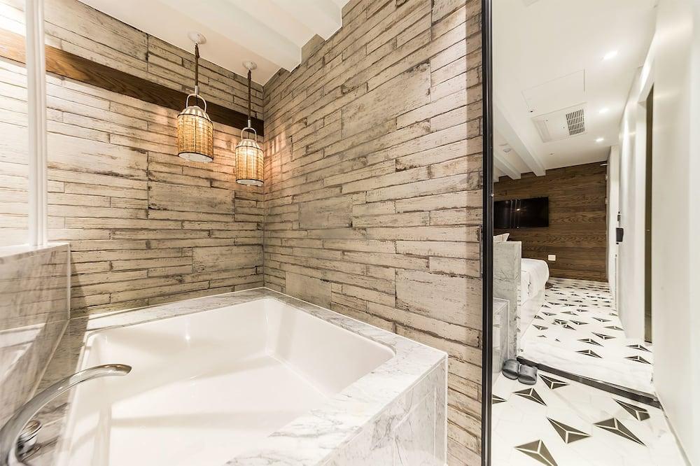 豪華客房 - 浸泡式浴缸