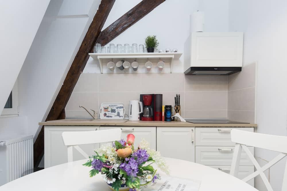 Comfort-Zimmer, 1 Queen-Bett, Stadtblick - Gemeinschaftsküche