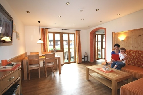 アパートメント(75sqm)バルコニー、2ベッドルーム、1リビングルーム、キッチンエキストラ、wifi、最大5人/