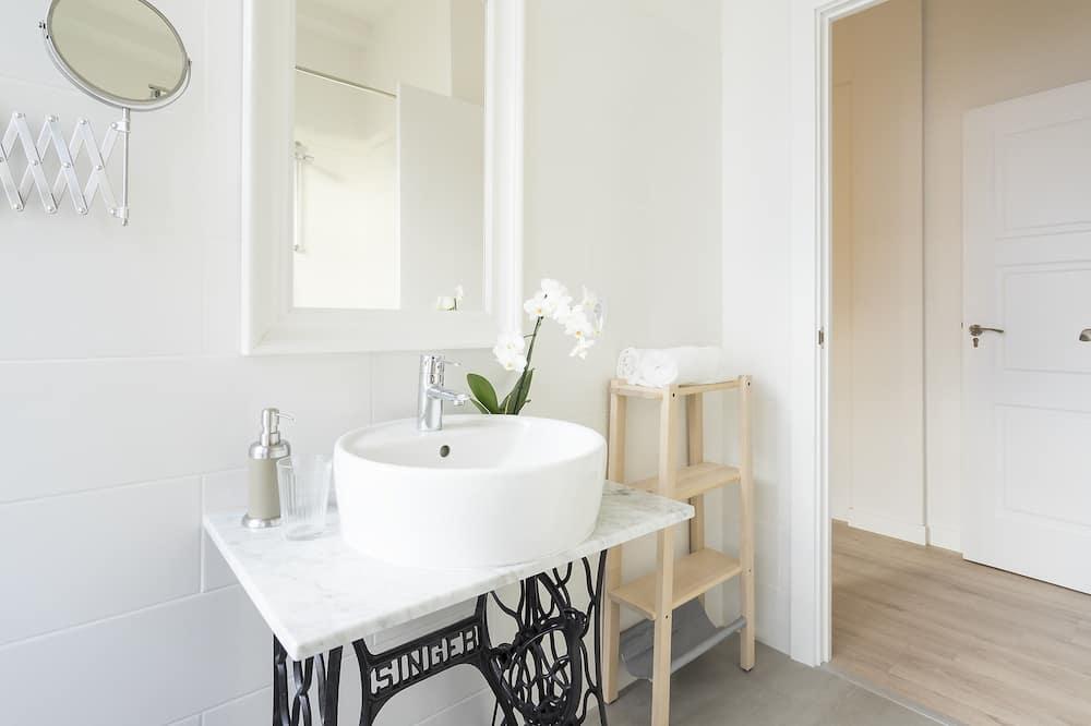 Luxury Tek Büyük veya İki Ayrı Yataklı Oda, Özel Banyo - Banyo