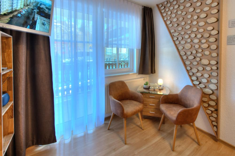 Comfort dvokrevetna soba, pogled na planinu, uz obronak planine - Dnevni boravak