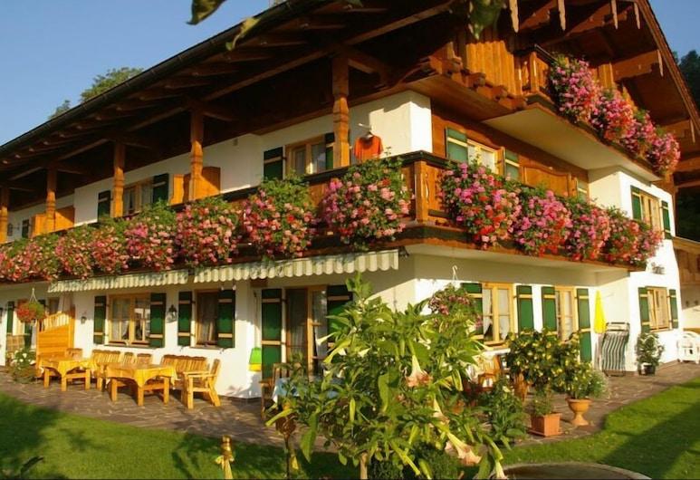 Gästehaus Almblick - Appartements , Schoenau am Koenigssee
