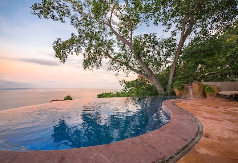 Villa Divina Luxury Boutique, Puerto Vallarta, Infinity-Pool