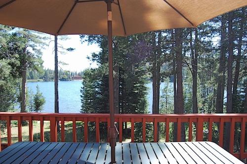 Beacon Lake House