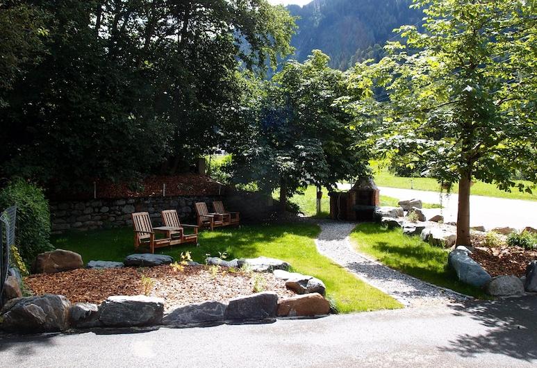 Alpinhotel Zerres, Gaschurn, Garden