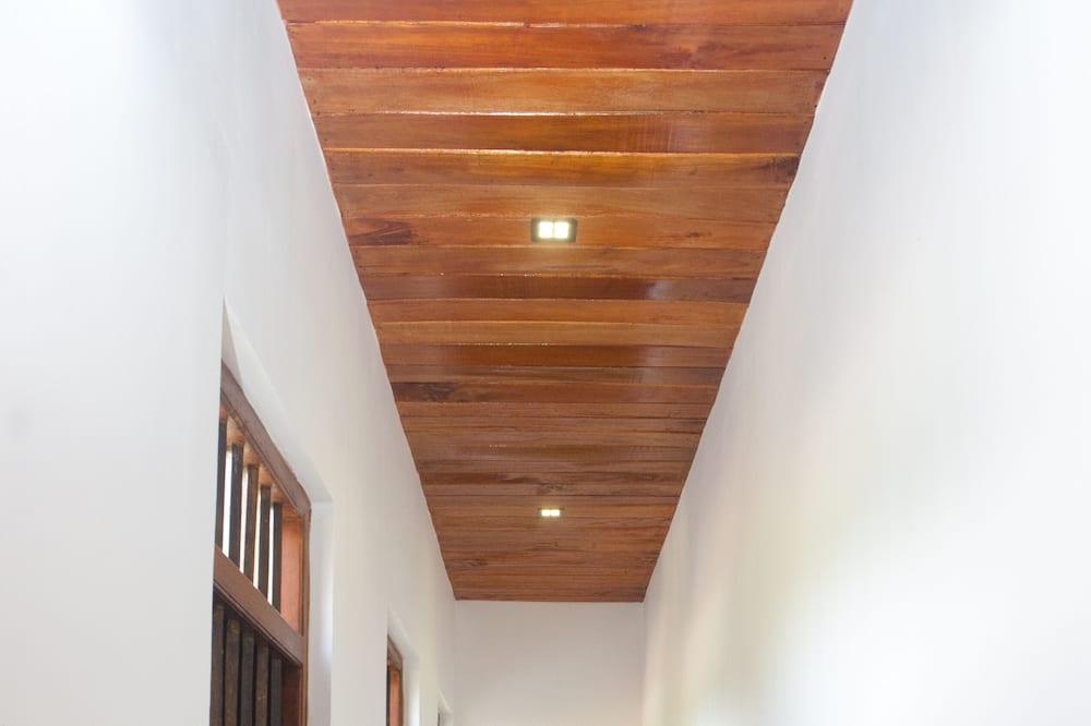 Comfort Villa, Multiple Beds - Living Area