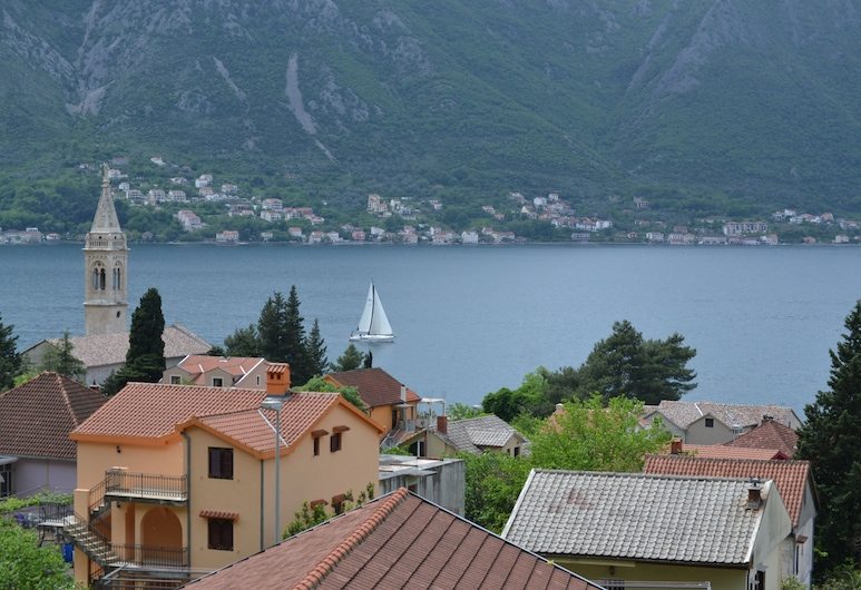 Apartments Dobrisa, Kotor