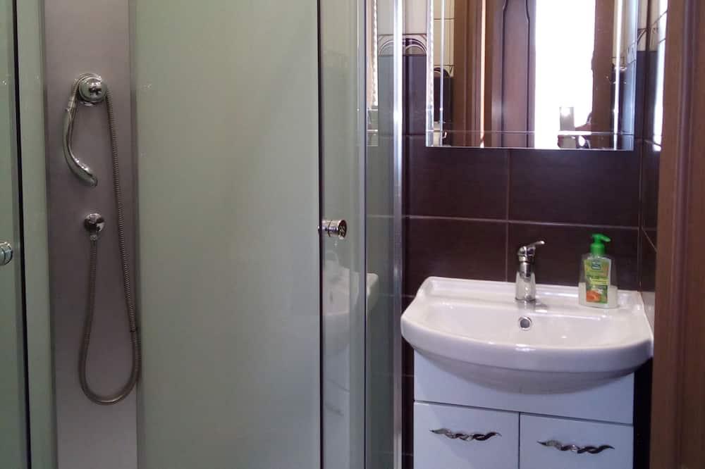 Studio phong cách cổ điển - Phòng tắm