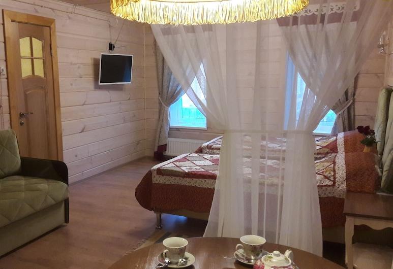 Дом на Сенном, Кострома, Семейная студия-люкс, Номер