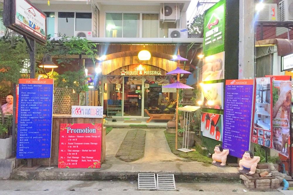 Chiangmai Tulip House and Massage