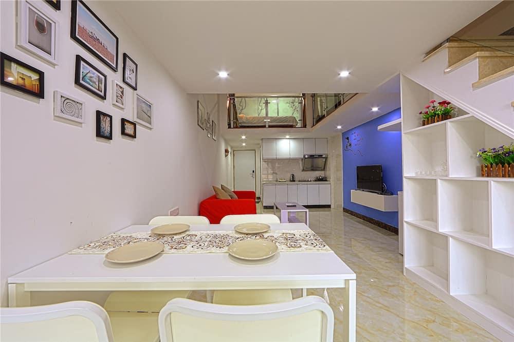 Family Loft, 2 Bedrooms - In-Room Dining