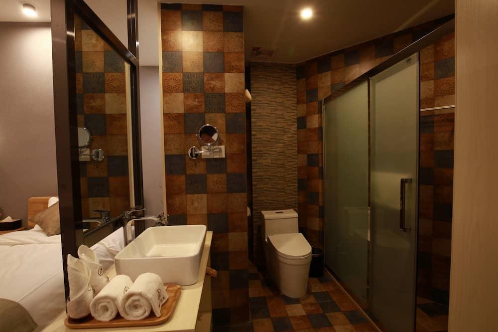 エクスクルーシブ ツインルーム レイクビュー - バスルーム